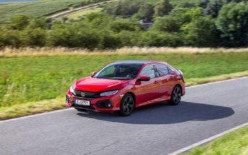 Honda Civic vermelho
