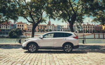 Honda CR-V Hybrid guiado por um condutor português