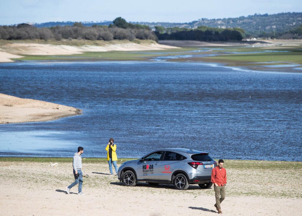 Honda HR-V com três pessoas em Montargil