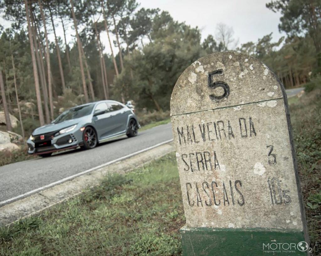 Marco numa estrada portuguesa com o Honda Civic Type R