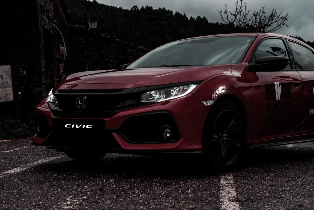 Honda Civic na Estrada Nacional 2