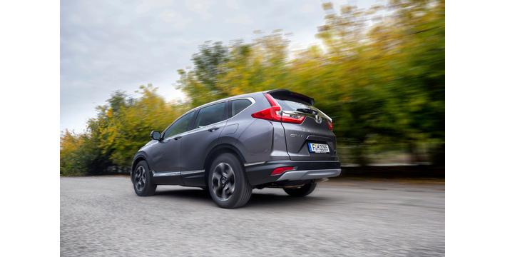 O Honda CR-V Hybrid em movimento