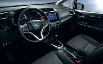 Equipe o interior do Honda Jazz com acessórios oficiais