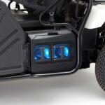 carregador portatil num carro