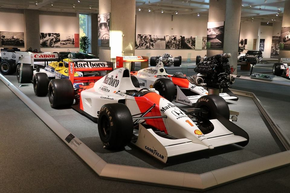 carro de corridas Honda