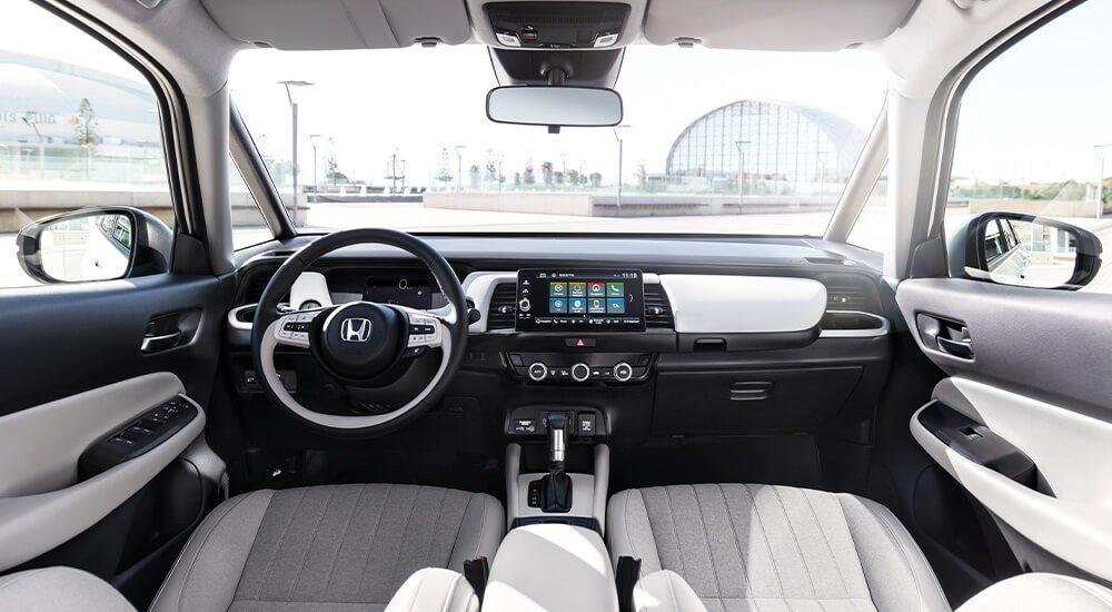 Interior do Honda Jazz hybrid