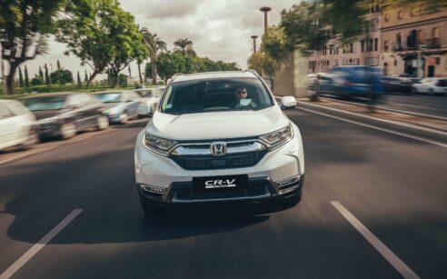 melhores carros familiares - Honda CR-V Hybrid