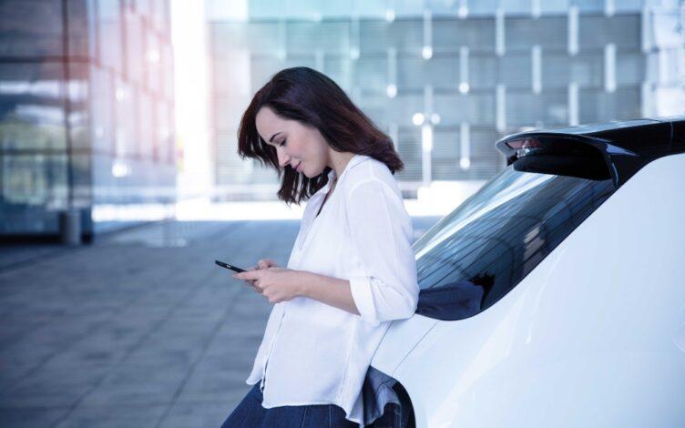 imposto unico automovel - condutora de honda e consulta telemóvel